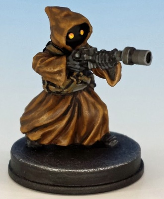 Jawa Scavenger painted and photographed by Matthew of www.oldenhammer.com